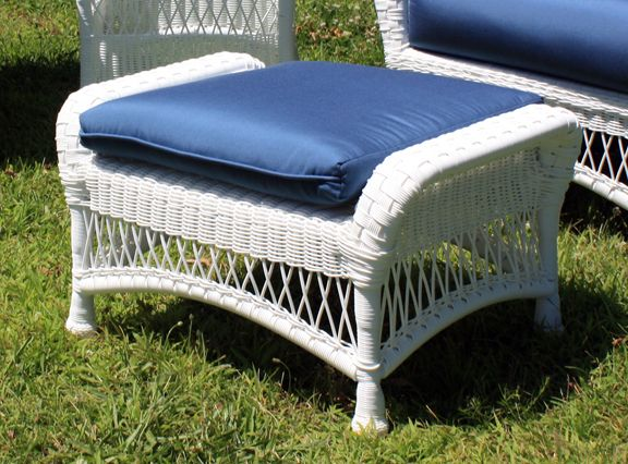 Outdoor Wicker Ottoman - Princeton
