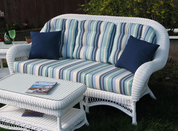 Outdoor Wicker Sofa - Manchester