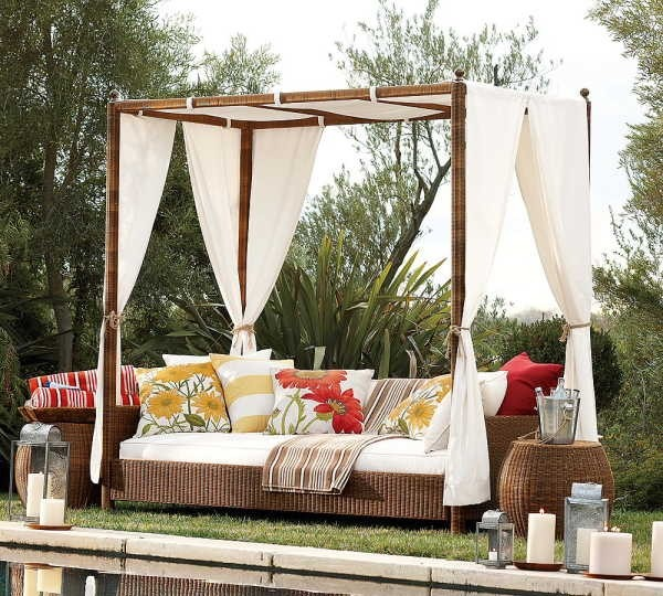 Outdoor Wicker Sofa with Canopy | Wicker Paradise