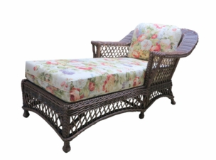 Wicker Chaise Lounge - Vineyard