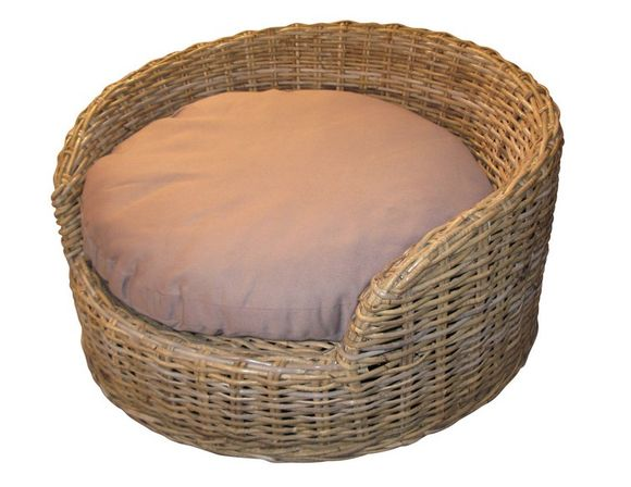 Wicker Dog Bed: Medium Size