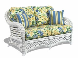 Wicker Sofas | A Wicker Sofa Selection for Your Patio Furniture
