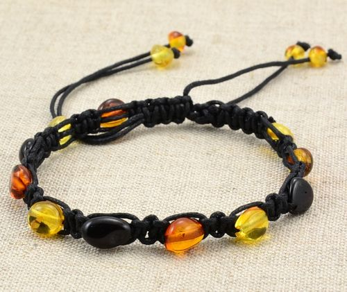 Hand Knitted Adjustable Bracelet with Amazing Baltic Amber