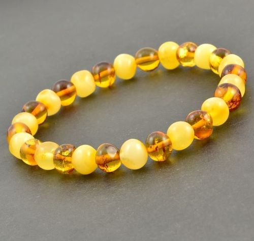 Amber Healing Bracelet Made of Amazing Baltic Amber