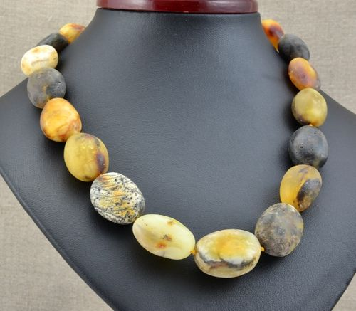 Amber Necklace Made of Amazing Healing Baltic Amber