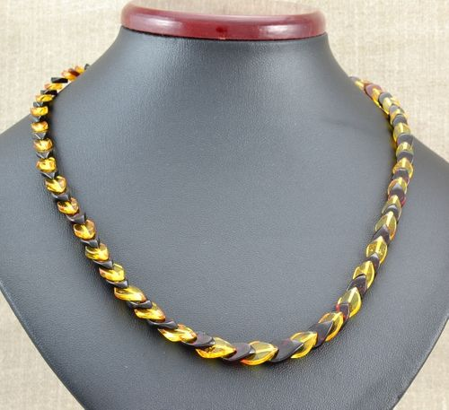 Amber Necklace Made of Overlapping Amazing Baltic Amber Pieces