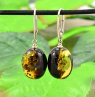 Discovering Green Amber Jewelry