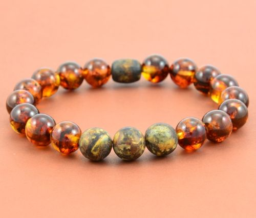 Men's Beaded Bracelet with Polished and Matte Healing Amber