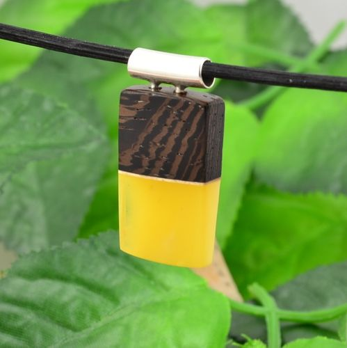Pendant Made of Wood and Butterscotch Baltic Amber