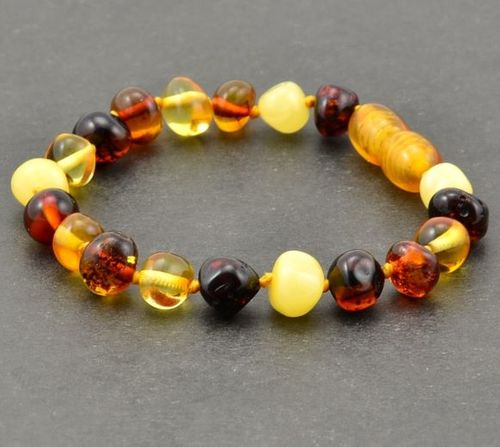 Amber Bracelet Made of Precious Healing Baltic Amber