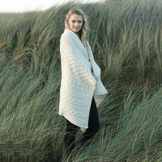 Merino Wool Heavy Cable Knit Throw
