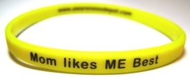 Message Bands: Mom Likes Me Best