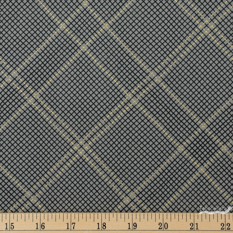 Carolyn Friedlander for Robert Kaufman, Collection CF, Diamond Grid Pewter Metallic Fat Quarter