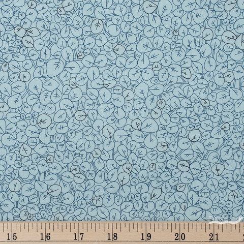 Carolyn Friedlander for Robert Kaufman, Collection CF, Seagrape Fog Fat Quarter