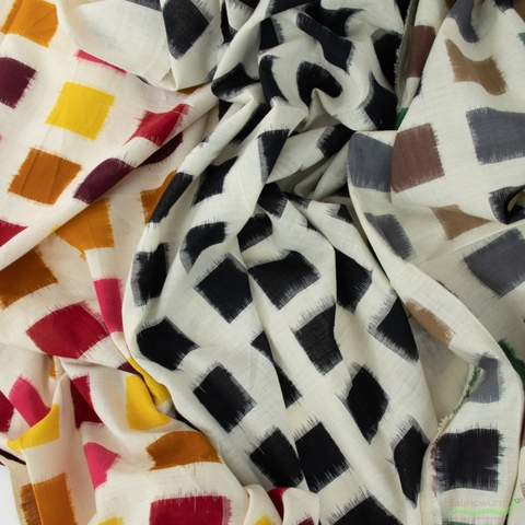 Diamond Textiles, Yarn Dyed Wovens, Ikat Black/ Natural