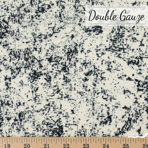 Ellen Baker, Paint Double Gauze, Texture Black Natural Fat Quarter