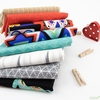 Fabricworm Custom Bundle, Familia in FAT QUARTERS 8 Total (PRECUT)