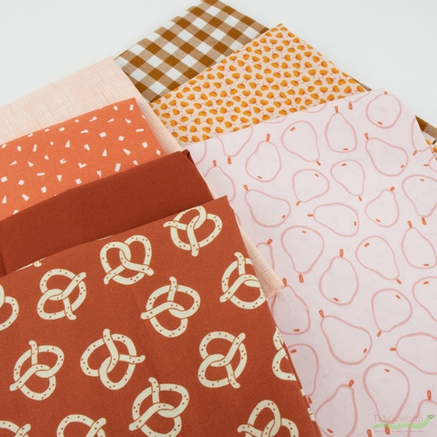 Fabricworm Custom Bundle, Twisted in FAT QUARTERS 7 Total
