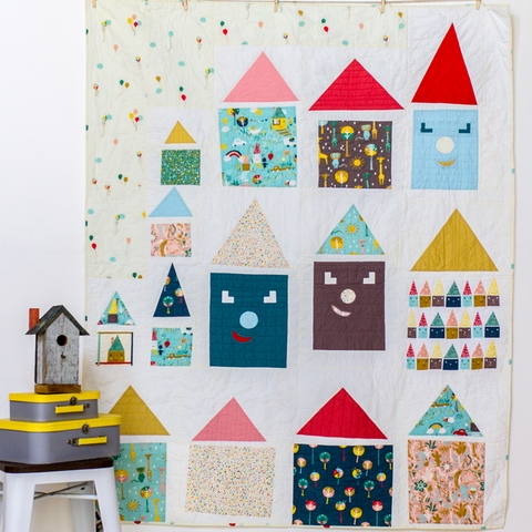 Free Pattern|Happy Houses Quilt|by Rossie Hutchinson