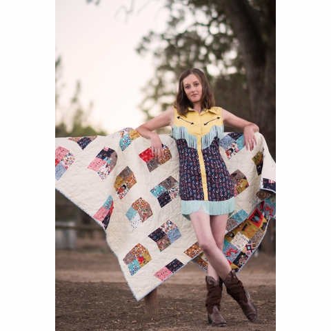 Sewing Tutorial & Free Pattern|Pointed Arrow Quilt by Lunden Designs