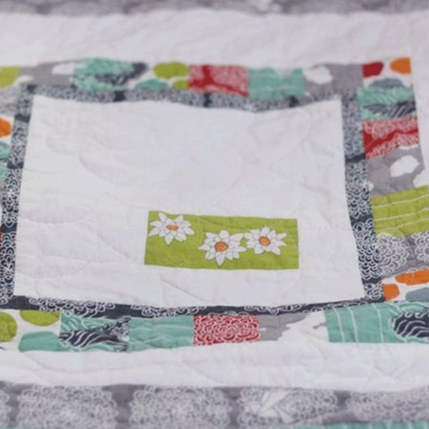 Sewing Tutorial|Patchwork Frames Quilt Block by Plum and June