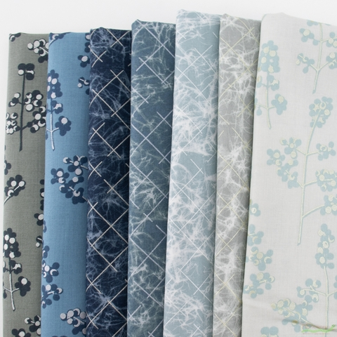 Jennifer Sampou Winter Shimmer 2, Winter Time Precut Fat Quarter Bundle 7 Total