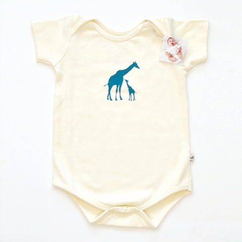Kinder Birch, Organic Cotton Apparel, Giraffe Fam Bodysuit