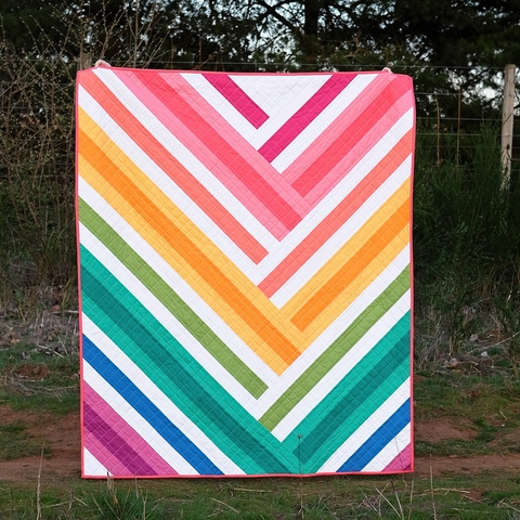 Kitchen Table Quilting, Sewing Pattern, The Zoe Quilt