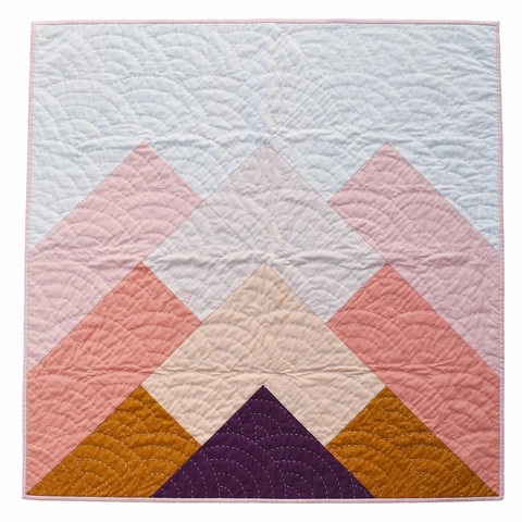 Patchwork & Poodles, Sewing Pattern, Misty Mountains Quilt