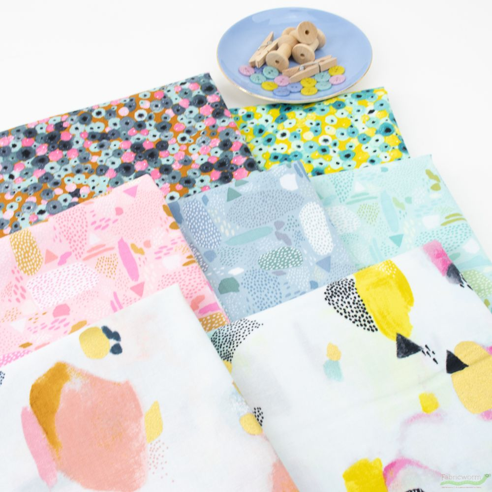 Cotton and Steel PK105-AQ1-100/% Cotton Fabric By The Yard Girl/'s Club Pebbles In Aqua