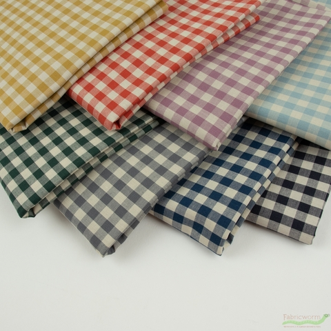Robert Kaufman, Crawford Gingham in HALF YARDS 8 Total