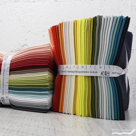 Robert Kaufman, PRE-CUT Elizabeth Hartman Designer Palette in FAT QUARTERS 20 Total