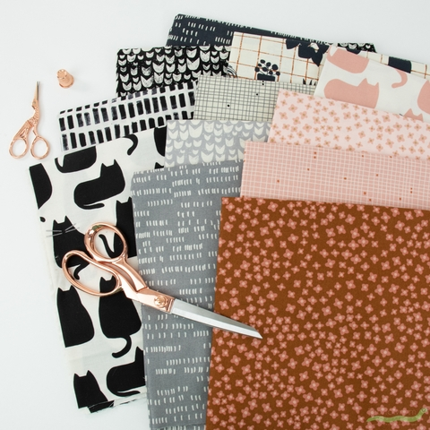 Sarah Golden for Andover, Home, Rose in FAT QUARTERS 12 Total
