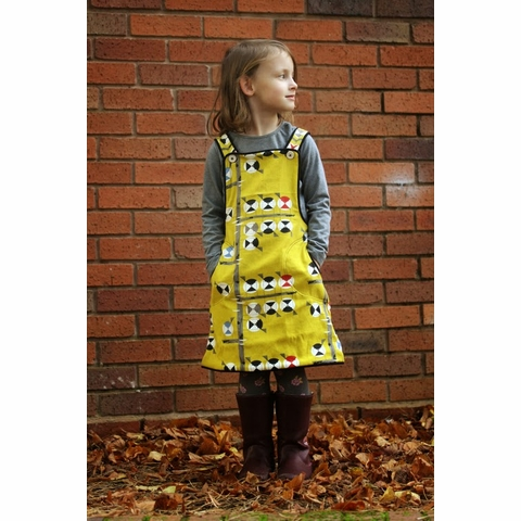 Sewing Tutorial|Chickadee Pinafore by The Crafty Kitty