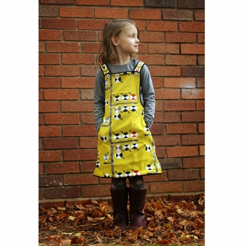 Sewing Tutorial & Free Pattern | Chickadee Pinafore by The Crafty Kitty