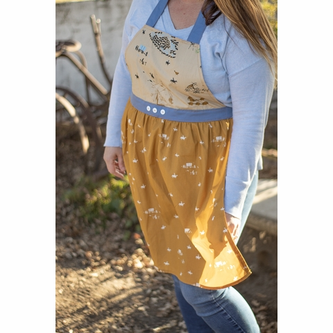 Sewing Tutorial & Free Pattern | Everyday Apron by Heidi Staples