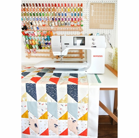 Sewing Tutorial & Free Pattern | Little Houses Quilt by Suzy Quilts from Birch Fabrics