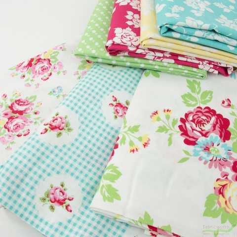 Tanya Whelan for Clothworks, Janey, Small Bouquets White