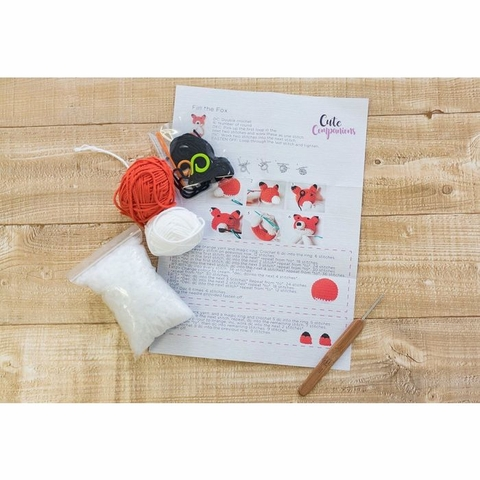 Threaders by Crafter's Campanion, Crochet Kit, Fin The Fox