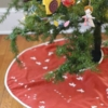 Sewing Tutorial & Free Pattern|Easy Tree Skirt by Plum and June