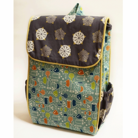 Sewing Tutorial & Free Pattern|Little Hitchhiker's Backpack by Christina McKinney