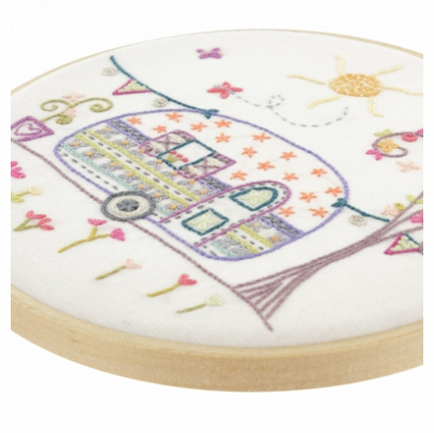 Un Chat dans l'ainguille, Embroidery Kit, Auntie Suzanne's Trailer