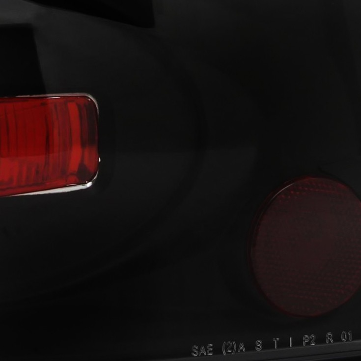 2002 2005 Ford Explorer 4dr Euro Style Altezza Tail Lights