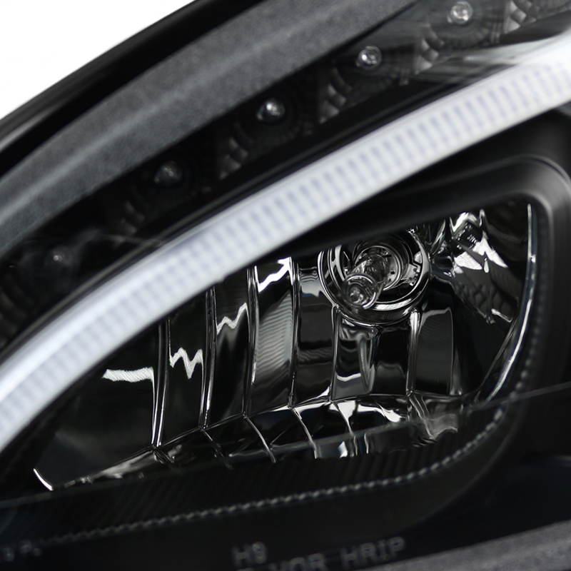 LED Low Beam + 08-11 M-Benz C-Class W204 LED DRL Projector
