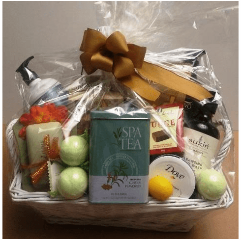 Christmas Gift Basket for Mom