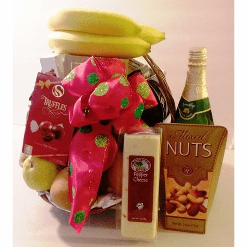 Fruit Gift Basket Delivering Freshly Chosen Fruits to Home and place of business