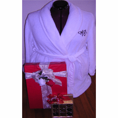 Robe-Chocolates-Valentine's Day gifts