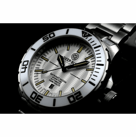 DAYNIGHT -RECON  T100 TRITIUM SWISS MADE WHITE DIAL BLACK HANDS