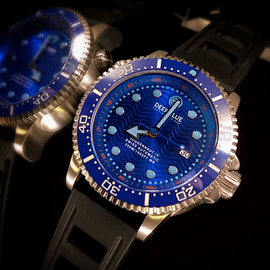 JUGGERNAUT IV SWISS AUTOMATIC � DIVER RARE BLUE DIAL BLUE ,SECOND HAND , ONE OF A KIND