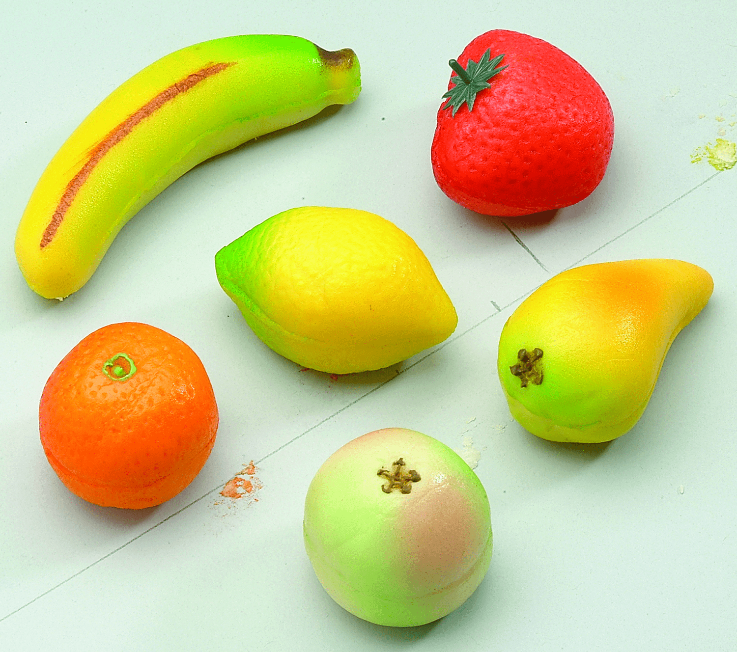 ASSORTED LARGE FRUIT